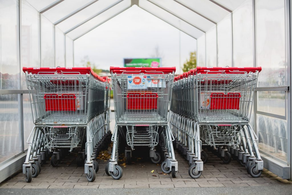 supermarché caddie